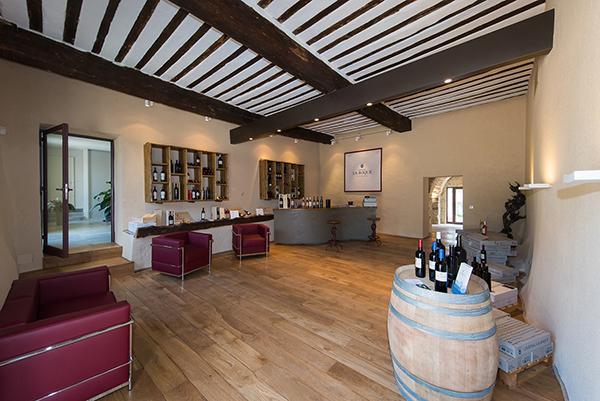 A new look for the wine tasting cellar and wines